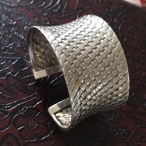 Sterling silver 925 large heavy mess cuff 63 grs